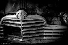 40's Pontiac 'broken grill'