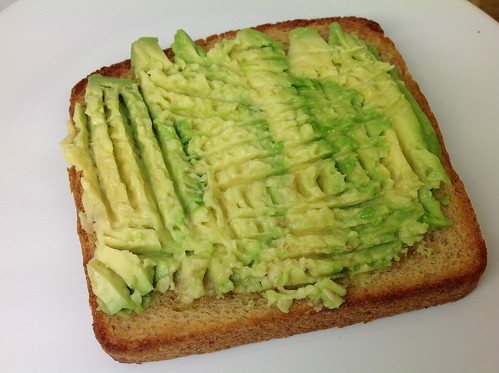 Mashed avocado on bread