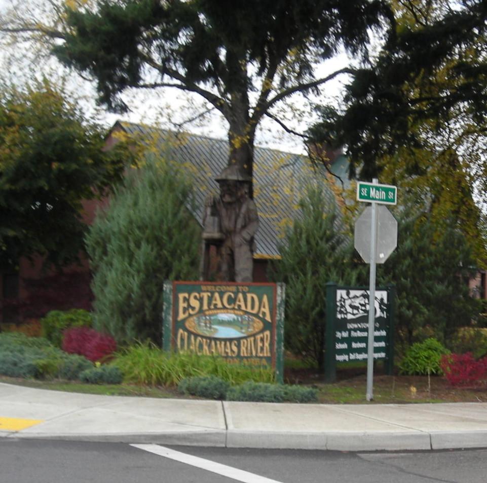 Red Fox Motel In Estacada Oregon