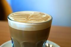 hong kong-style milk tea(0.0), food(0.0), espresso(1.0), cappuccino(1.0), flat white(1.0), mocaccino(1.0), frapp㩠coffee(1.0), cortado(1.0), coffee milk(1.0), caf㩠au lait(1.0), coffee(1.0), caff㨠macchiato(1.0), drink(1.0), latte(1.0), caffeine(1.0),