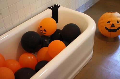 Yamate-Halloween-Walk2012-38-R0022530