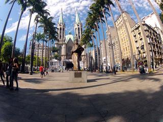Bild von Marco zero da cidade de São Paulo. sãopaulo marcozero catedraldasé praçadasé ciclofaixa ciclofaixasp