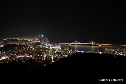 rainbow-bridge-busan-korea-night-view.jpg