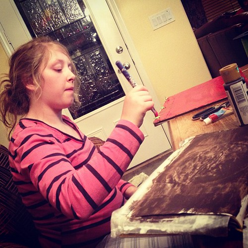 Art journaling with my niece.  #artjournal #alteredbook #art #paint