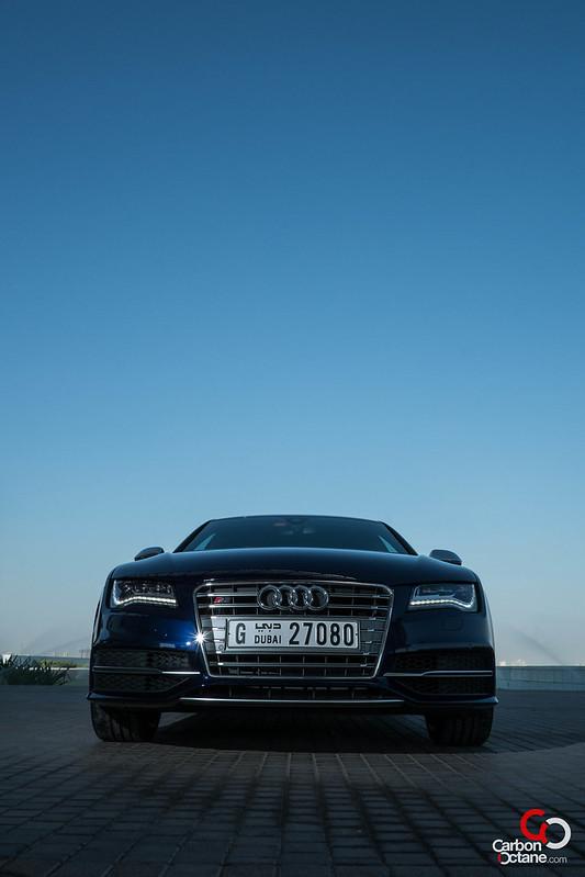 2013_Audi_S7-37.jpg