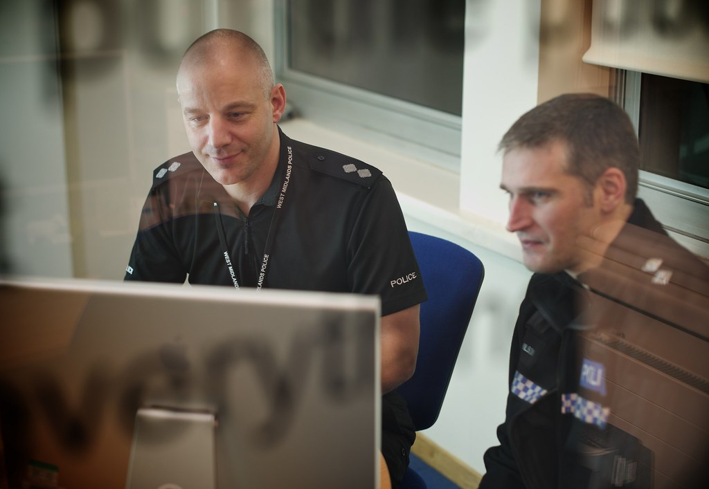 Day 332 - West Midlands Police - Solihull web chat