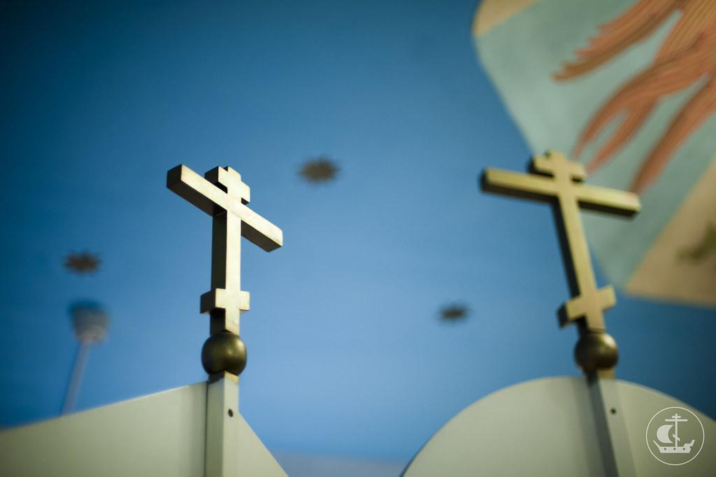 1 декабря 2012, Божественная литургия в домовом храме Центра социальной помощи «Возрождение»