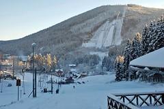 V Harrachově se už lyžuje!