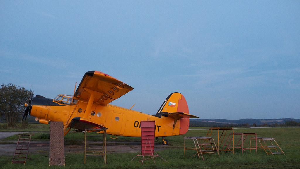 planes 25