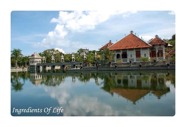 Istana karang Asem