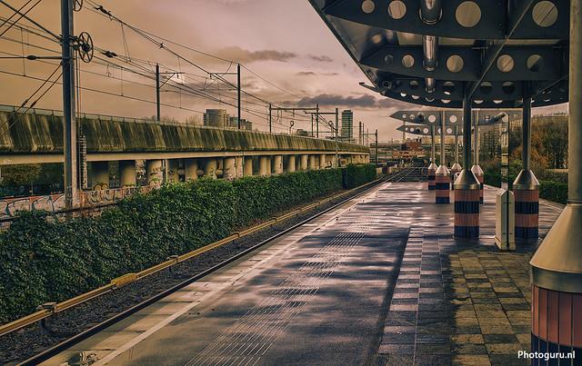 station verlaten