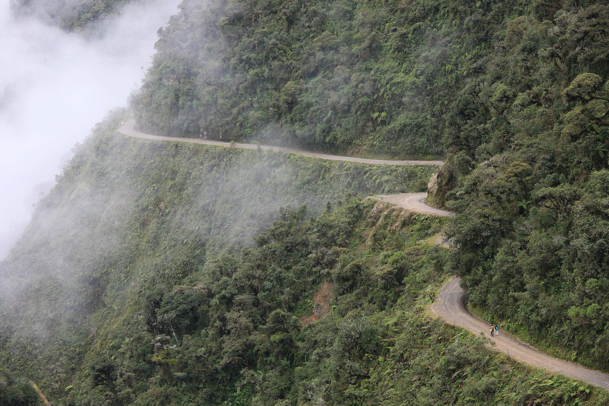 Walking / Biking the world's most dangerous road in Bolivia