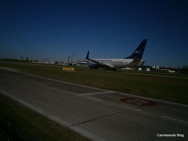 "Boeing 737-700 ""LV-CBT"" AR1651 desde neuquen"