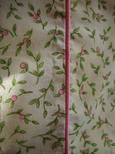 sweet pink roses pillowcase with pink piping