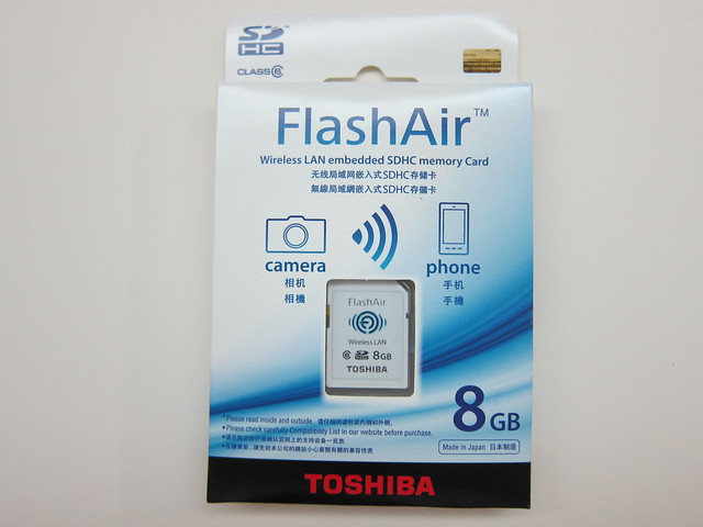 Toshiba FlashAir - Box Front
