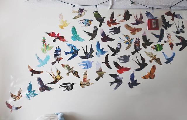 le bird wall!