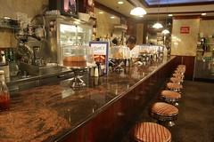 Tom\'s Restaurant