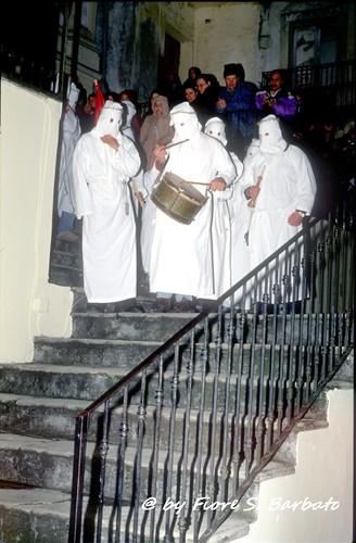 Verbicaro (CS), 2003, Riti della Settimana Santa: processione del Cristo Morto e della Madonna Addolorata.