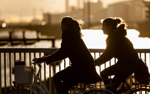 street sunset people water fashion bike bicycle copenhagen denmark cycling cyclist bicicleta cycle biking bici 自行车 velo fahrrad vélo sykkel fiets rower cykel 自転車 accessorize copenhague サイクリング デンマーク サイクル мода велосипед 哥本哈根 コペンハーゲン 脚踏车 biciclettes 丹麦 cyclechic cycleculture الدراجة дания копенгаген copenhagencyclechic 骑自行车 copenhagenize bikehaven copenhagenbikehaven velofashion copenhagencycleculture 的自行车