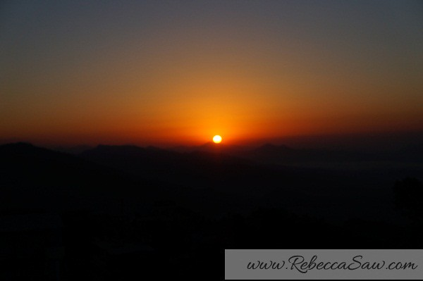 sunrise - sarangkot Nepal - rebeccasaw blog