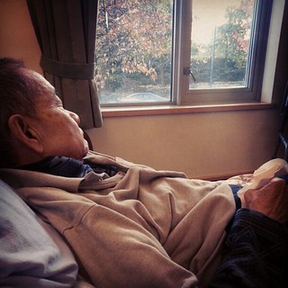 It's hard to watch someone you love suffer. I think dad has asthma now, struggling with his breathing :/ Hoping the doctor will make an official diagnose to help dad.