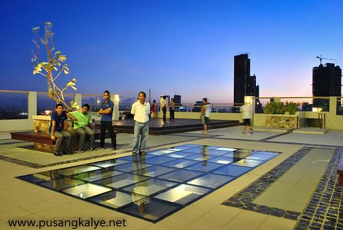 Rooftop_Tivoli Gardens Hulo Mandaluyong