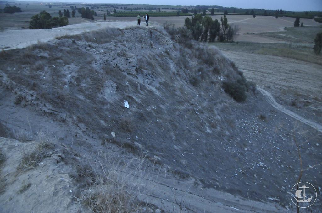 Тель эль-Хези. Огромный раскоп У. Петри