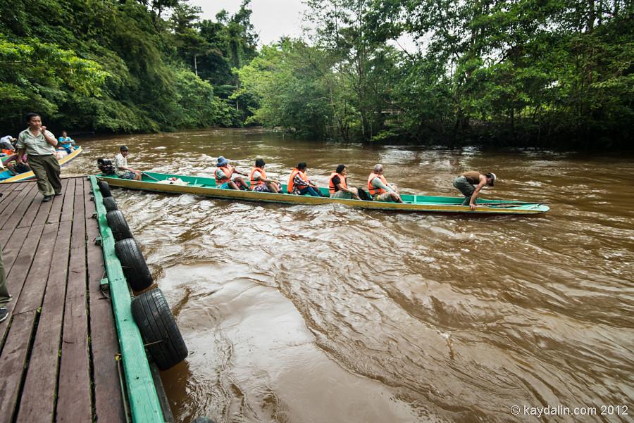 лодки в парке мулу, малайзия