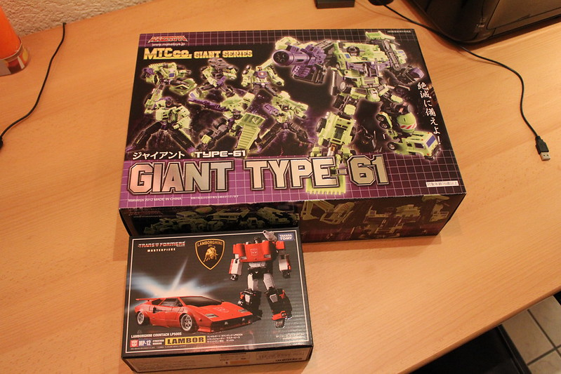 "Collection Nosfe ""Transformers & Hokuto No Ken & Cie"" - Page 2 8279904267_3e116242dd_c"
