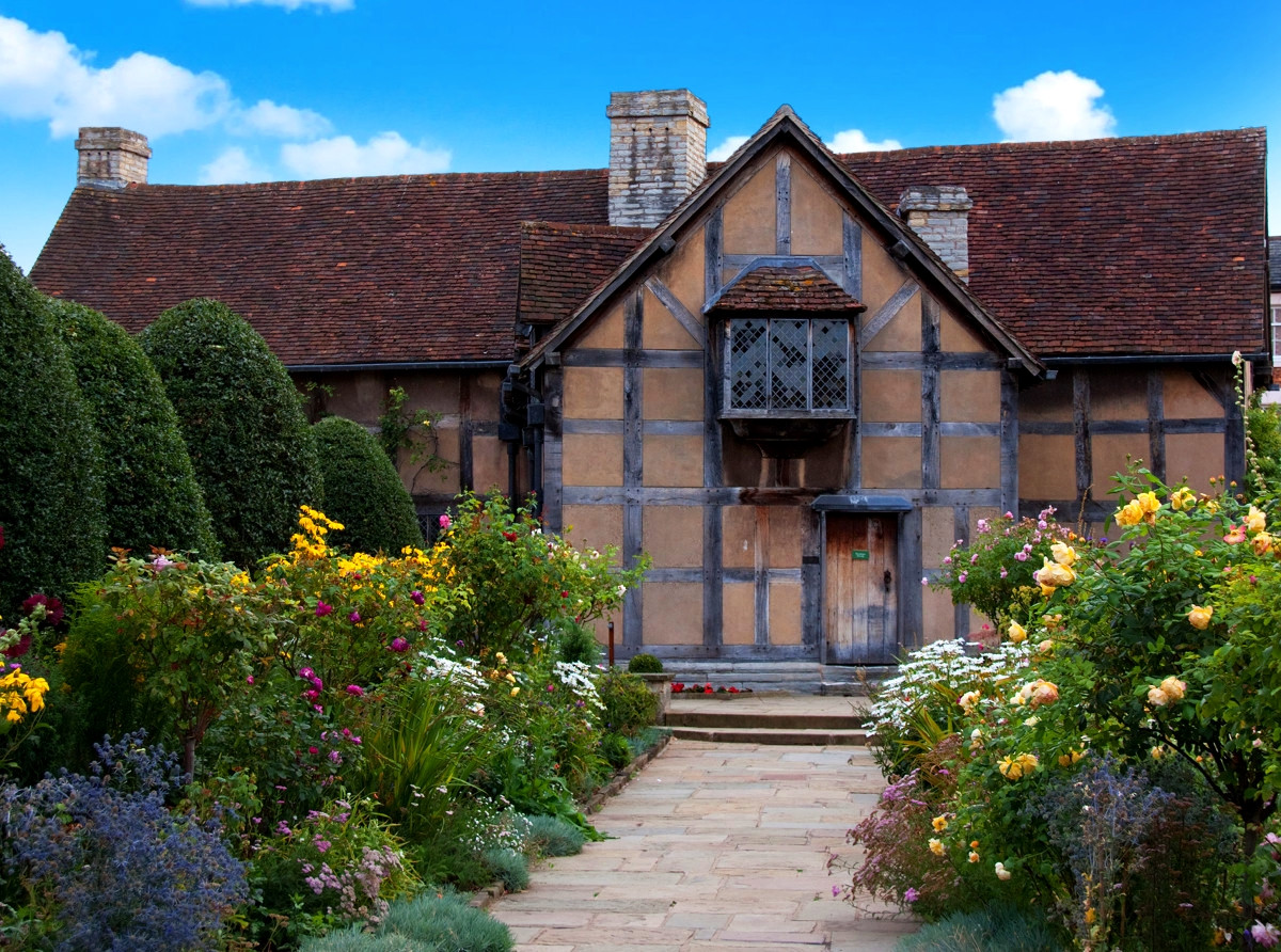 Shakespeare's Birthplace (Gardens). Credit Tony Hisgett