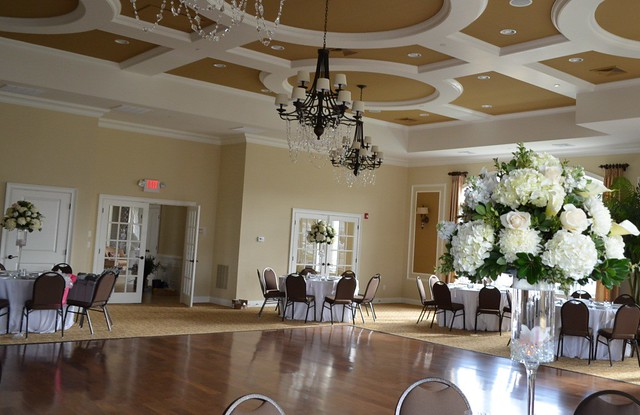 Elegant ballroom decorations flickr photo sharing for Ball room decoration