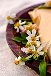 Dish side flowers