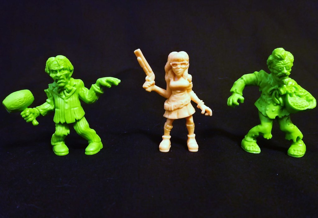 SLUG Zombies series 3 Louie Fingers, Double-Barrel Carol, Extra Crispy