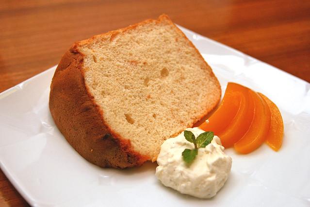 (Oita) Momo Jam Chiffon Cake