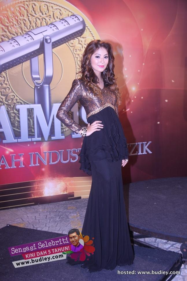 Dahlia Shazwan AIM19