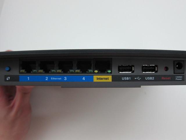 EA6500 - Ports