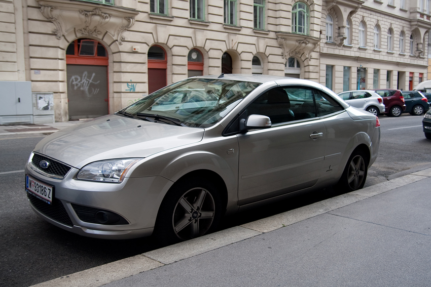 2006–08 Ford Focus CC (II) 1