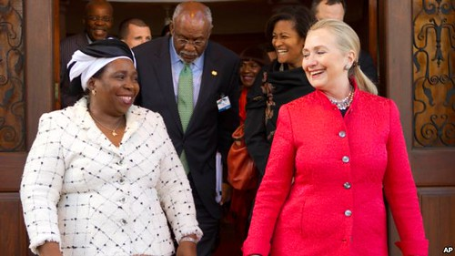 African Union Commission Chair, Dr. Nkosazana Dlamini-Zuma with US Secretary of State Hillary Clinton in Pretoria on August 7, 2012. Dlamini-Zuma will discuss Congo and Mali in Washington on November 28. by Pan-African News Wire File Photos