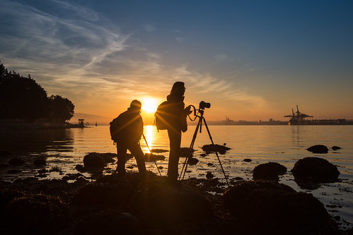 travel people urban canada reflection water silhouette vancouver sunrise canon mood cityscape bc waterfront britishcolumbia stanleypark tone 1635mm canoneos5dmarkiii canon5dmarkiii