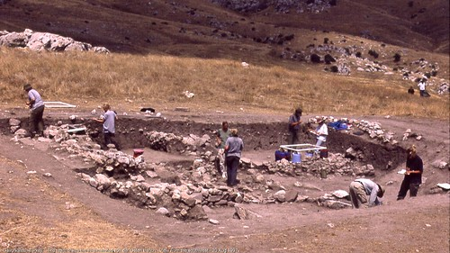 Gavurkalesi, Turkey.   The team draws the re-excavated von der Osten trench.