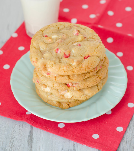 Pink Parsley: Peppermint-White Chocolate Chip Cookies