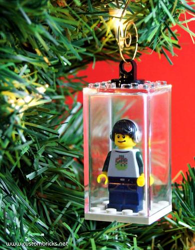 Minifigure Tree Ornament by customBRICKS