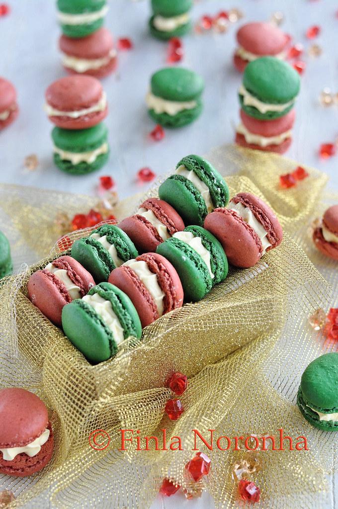 Christmas Macarons.My Kitchen Treasures Christmas Macarons Wtih Advocaat