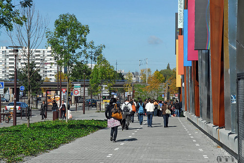 Beaulieu shopping district, Ile de Nantes (courtesy of SAMOA)