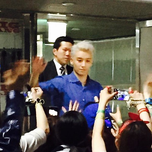 Backstage and send-off BIGBANG Day 2 2015-04-26 Seoul 009