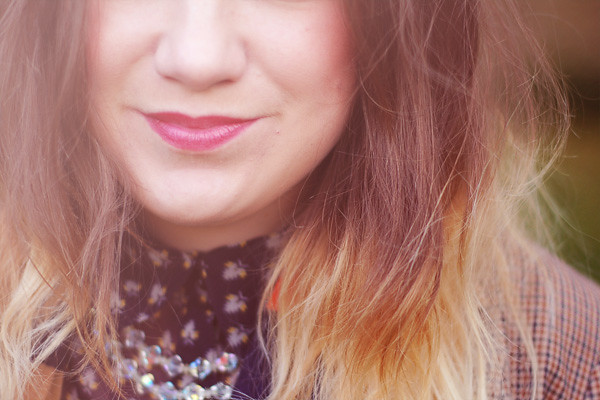 Wardrobeblock : Autumnal purple lipstick blonde dip dye hair navy acorn shirt vintage crystal necklace