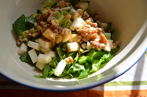Making Walnut, Pear, & Gorgonzola Salad