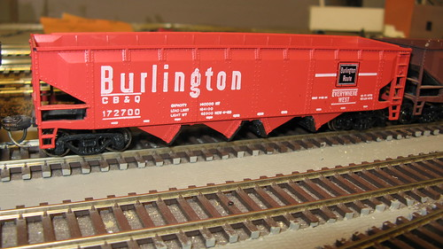 1960's era Chicago, Burlington & Quincy Railroad 40 foot offset hopper car. by Eddie from Chicago