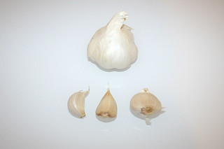 13 - Zutat Knoblauch / Ingredient garlic