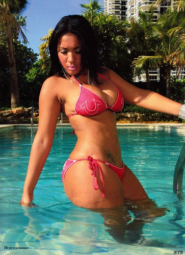 Yaris Sanchez Hip Hop Weekly Pictures